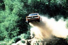 The Dukes of Hazzard: The best jump the General Lee ever made imo. Hot Wheels, General Lee Car, Dodge Cummins Diesel, J Birds, Dukes Of Hazard, 1969 Dodge Charger, Ghost In The Machine, Old Tv, Sexy Cars