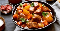 32 Best Winter Soups and Stews - Insanely Good Recipes Low Carb Beef Stew, Beef Stew Meat, Beef Casserole, Casserole Dishes, Best Winter Soups, Old Fashioned Beef Stew, Stewing Steak, Butternut Squash Cubes, Large Slow Cooker