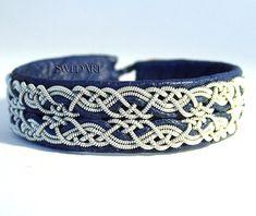 SwedArt B17 Snowflake Sami Lapland Reindeer Leather Bracelet Pewter and Silver Braids Antler Button Navy Blue
