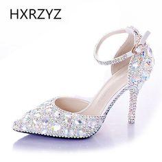 2016 verão moda diamante sapatos de noiva branco com um tipo de palavra de vidro chinelo sapatos de casamento sandálias