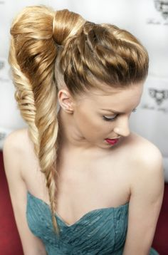#fishtail #inoa #lorealprofessionnel #hairstyle #bob