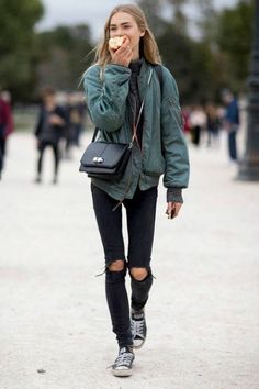 Best Tomboy Chic Outfit Ideas, The outfit is ideal for practically any occasion, just be sure to avoid the ketchup and other similar sauces! This outfit will certainly make you stic. Tomboy Chic, Tomboy Fashion, Look Fashion, Daily Fashion, Street Fashion, Fashion Outfits, Tomboy Style, Paris Fashion, Tomboy Street Style
