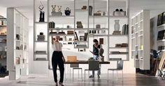 La nuova libreria Weightless di Lago  é un modo assolutamente nuovo di concepire il mobile per il living .      Nell'era dei libri d...