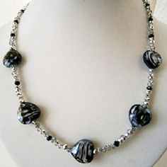 """20"""" BLACK & SILVER CRYSTAL BEADED NECKLACE WITH LARGE HEART SHAPED BEADS £10.00"""