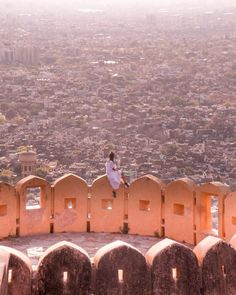 Mughal Architecture, Historical Architecture, City Palace Jaipur, Jaipur Travel, Amer Fort, Local Tour, Before Sunset, Above The Clouds, Heritage Site