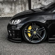 As said in my previous post here are the Ferrari wheels straight from an FF! Wouldn't fancy curbing those Owner: Official Photographer Weld Wheels, Truck Wheels, Vw Jetta Tdi, Golf 6, Vossen Wheels, Motorcycle Wheels, Car Memes, Custom Wheels, Wheel Cover