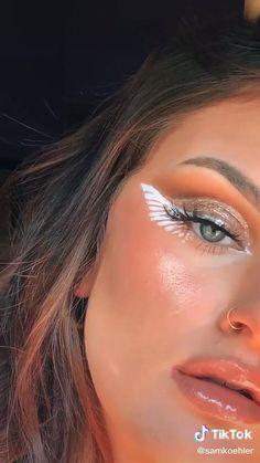 Makeup Eye Looks, Eye Makeup Art, Cute Makeup, Evil Makeup, Bold Eye Makeup, Retro Makeup, Prom Makeup, Makeup Eyes, Halloween Eye Makeup