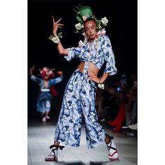 DESIGUAL S/S '18 #culture #influence #japanese #desigual #nyfw #lofficielnl  via L'OFFICIEL NL MAGAZINE INSTAGRAM - Fashion Campaigns  Haute Couture  Advertising  Editorial Photography  Magazine Cover Designs  Supermodels  Runway Models