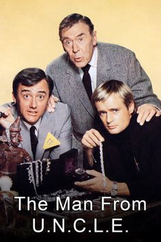 the man from uncle tv show - I was in love with David McCallum 😍 Man From Uncle Tv, Tv Vintage, Mejores Series Tv, Robert Vaughn, Movies And Series, Vintage Television, Old Shows, Great Tv Shows, Vintage Movies