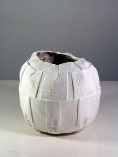"""Emmebi Laboratorio artistico"" (Italy). 2017 Argilla. Aubagne. France. International pottery fair. Porcelain. Vessel."