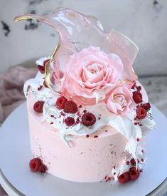 Basic Cake Decorating Ideas And Tips Pretty Cakes, Cute Cakes, Beautiful Cakes, Amazing Cakes, Bolo Tumblr, Raspberry Cake, Cake Decorating Tips, Drip Cakes, Occasion Cakes