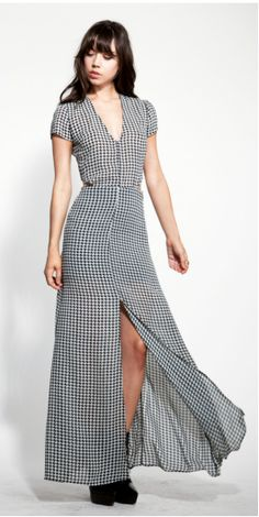 Easy and Breezy.  Reformation's Fiore Dress   http://thereformation.com/FIORE-DRESS-GEOMETRIC.html