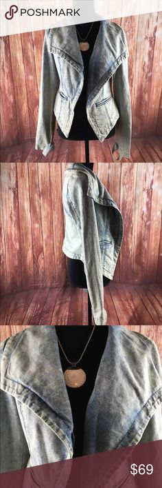 "FREE PEOPLE Distressed Denim Moto Jacket FREE PEOPLE Distressed Denim Moto Jacket Asymmetrical Lapels Acid Wash Small stone wash factory destroyed distressed long sleeve Moto blazer jacket coat attention to detail Size small  All measurements are flat lay   Bust 19""  Waist 17""  Length 21""  Sleeve length 25""   DCflat B14 Free People Jackets & Coats Jean Jackets"