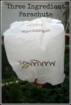 LalyMom: Challenge and Discover: Make a Parachute. Quick and Easy kids Project! Great for #Earth #Day or for #Playdates