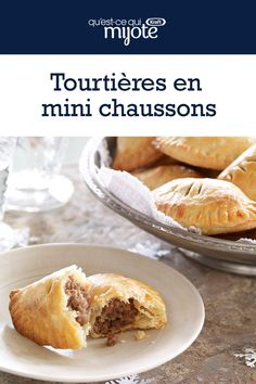 Make these savoury little bites for the best appetizers at your holiday parties. Tap or click photo for this Tourtiere Mini Turnovers Tart Recipes, Cooking Recipes, Best Appetizers, Savoury Dishes, Christmas Cookies, Bacon, Food And Drink, Dinner Recipes, Lunch