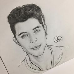 Vivian Rigon (@vickrarts) en Instagram:  @erickbriancolon 🤓 Amazing Drawings, Cool Drawings, Pencil Drawings, Memes Cnco, Doodle Tattoo, Celebrity Drawings, Graphite Drawings, Just Amazing, Art Inspo
