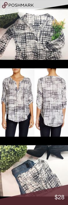 6d284f01121 Nordstrom LUSH Roll-Up 3 4 Sleeve Blouse Small Lush roll up sling sleeve