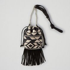 AEO Fringe Crossbody Purse ($18) ❤ liked on Polyvore featuring bags, handbags, shoulder bags, black, fringe handbags, black crossbody handbags, black cross body purse, black fringe handbag and american eagle outfitters
