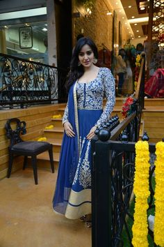 Neha Sharma during the Hue Fashions new store launch. #Style #Bollywood #Fashion #Beauty