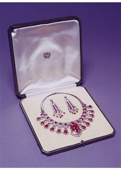 Cartier London Art Deco Diamond Ruby Necklace and Earrings by Clive Kandel, via Flickr