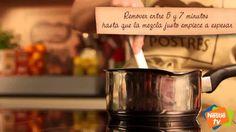 Tarta a los tres chocolates - Postres Nestlé