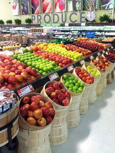 Galleria Supermarket Toronto 865 York Mills Rd