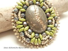 TUTORIAL  Spilla in embroidery | Bead embroidery BROOCH TUTORIAL