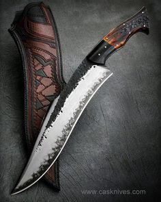 Big Black Bear #cas#casbrother #casknives #claudiosobral #sanmai #hadmade #stag #forged #brutforged #blade #bladeshow #knife #knives #chopper #campknife #knifemaker #knifeporn #knifepics #knifecommunity #argentina #cuchillos #artesania #knifecollection #collection