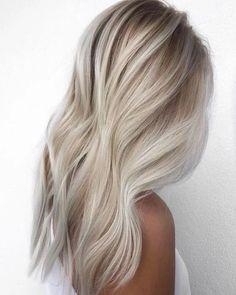 Ash Blonde Hair, Platinum Blonde Hair, Dark Blonde, Bleach Blonde, Ash Brunette, Light Blonde, Butter Blonde Hair, Platinum Wigs, Blonde Waves