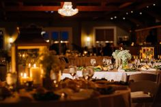 Romantic setting at Willow Creek Winery | Juliana Laury Photography