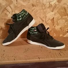 BRAND NEW Reebok Hi Eden Collector s Edition Jungle patterned brand new  without tags Hi Eden Collector s 81cd7c2f6