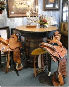 Western saddle bar stools. Perfect for dressing up your western home and putting those trophy saddles to good use. | Stylish Western Home Decorating
