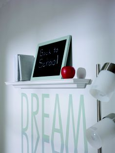 Using an LCD or overhead projector brush on meaningful quotes, your favourite song lyrics or silhouettes onto your wall. Overhead Projector, News Space, Home Hardware, Meaningful Quotes, Song Lyrics, Silhouettes, Back To School, Diy Projects, Study