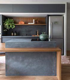 Green Kitchen: Designs, Models and Photos with Color! - Home Fashion Trend Green Kitchen, New Kitchen, Kitchen Dining, Kitchen Decor, Kitchen Furniture, Kitchen Interior, Küchen Design, House Design, Concrete Kitchen