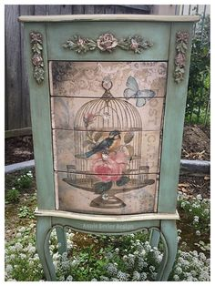 Upcycled Vintage Jewelry Box The post Upcycled Vintage Jew. - - Upcycled Vintage Jewelry Box The post Upcycled Vintage Jew… DIY Schmuck Upcycled Vintage Jewelry Box The post Upcycled Vintage Jewelry Box appeared first on WMN Diy. Decoupage Furniture, Hand Painted Furniture, Funky Furniture, Refurbished Furniture, Paint Furniture, Shabby Chic Furniture, Furniture Makeover, Vintage Furniture, Furniture Ideas