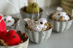 Glittery Vintage Jello Mold Bird Nest Ornaments