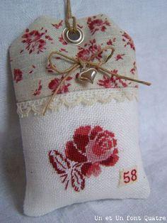 flower cross stitch tag
