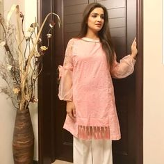Image may contain: 1 person, standing Pakistani Fashion Party Wear, Pakistani Dresses Casual, Pakistani Bridal Dresses, Pakistani Dress Design, Pakistani Clothing, Stylish Dresses For Girls, Dress Clothes For Women, Simple Dresses, Diy Clothes