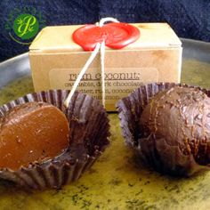 These decadent treats are as delicious as they are potent. With over 40mg of THC per truffle, these amazing treats are prefect for moderate to higher tolerance patients, and for our vegan patients as well. Two truffles per box; half to one truffle per serving is recommended. Contains: Dark Chocolate, Butter Cream, Rum, Coconut, Cinnamon, Cocoa Powder and Cannabis. ACTIVE INGREDIENTS: 88mg THC