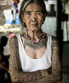 This is the last Kalinga tattooer from the Philippines, shes 100 years old.  Reposted from instagram: @keegs_tattooer  Keegs Tattoo Whang-od Oggay is a Filipina tattoo artist from Buscalan, Tinglayan, Kalinga, Philippines. She is considered as the last mambabatok (traditional Kalinga tattooist) from the Butbut people in Buscalan Kalinga and the oldest tattoo artist in the Philippines.