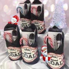 Pin by Mellville on A Mary Kay Story [Video] 12 Days Of Xmas, Imagenes Mary Kay, Deep Clean Pores, Mary Kay Party, Mary Kay Cosmetics, Themed Gift Baskets, Facebook Party, Charcoal Mask, Beauty Consultant