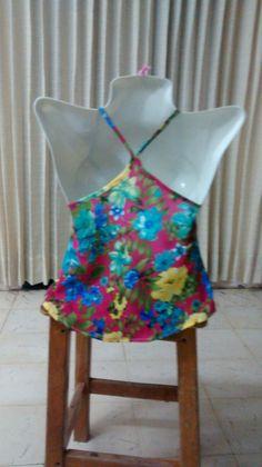 Parte posterior blusa crepe estampado