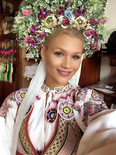 Young girl wearing a bridal headwear Ethnic Fashion, Colorful Fashion, Bratislava, Worlds Beautiful Women, Ukraine, Floral Headdress, Family Roots, Folk Costume, Interesting Faces