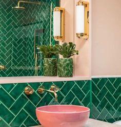 8 Retro inspired bathroom ideas that will make you daydream