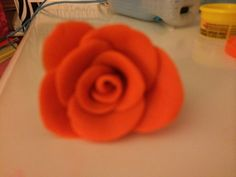 Easy DIY projects made of clay or play-do! It's a rose made of play-do!! Plz like and pin! Comment too!