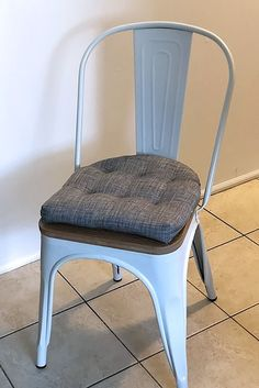 Industrial Chair, Industrial Style, Pewter Grey, Mid Century Style, Chair Cushions, Shades Of Grey, Latex, Dining Chairs, Bow