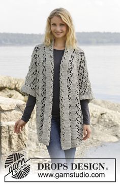 """Shining Star - Crochet DROPS jacket with lace pattern and shawl collar in """"Merino Extra Fine"""". Size: S - XXXL. - Free pattern by DROPS Design-extra fine Gilet Crochet, Crochet Coat, Crochet Jacket, Lace Jacket, Crochet Cardigan, Crochet Scarves, Crochet Shawl, Diy Crochet, Crochet Clothes"""
