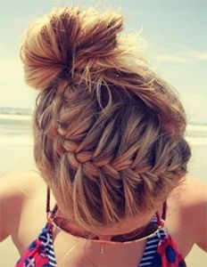 Beach babe look that is big in Hollywood right now | Checkout: http://www.cliphair.co.uk/hair-extensions-news/how-to-hairstyles/what-are-you-thankful-for/