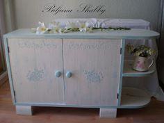 Biljana Shabby: Makeover - painting old furniture
