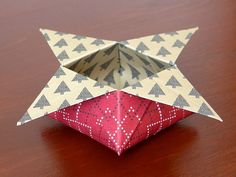 stampin up gemuetliche weihnachten origami star Origami Box, Origami Easy, Origami Paper, Cozy Christmas, Christmas Ornaments, Diy Paper, Paper Crafts, Diy Fan, Christmas Origami